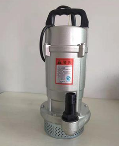 550W submersible pump  Model: QDX1.5-25-0.55  Flow rate: 1.5M3/h  Head: 25M  Power: 0.55W  Voltage: 220V  Caliber: 1 inch